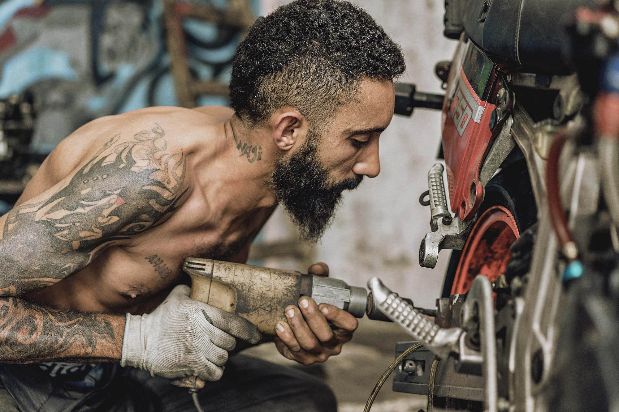 Where ART you from | Ali Kanaan | Mechanic